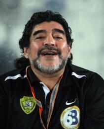 Diego Armando Maradona, i tre documentari su Netflix