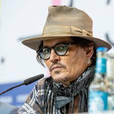 Johnny Depp è stato licenziato dalla Warner Bros. Non sarà più Grindelwald