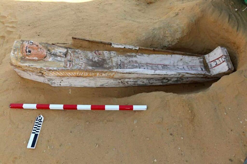 Sarcofago ritrovato nella necropoli a Saqqara.